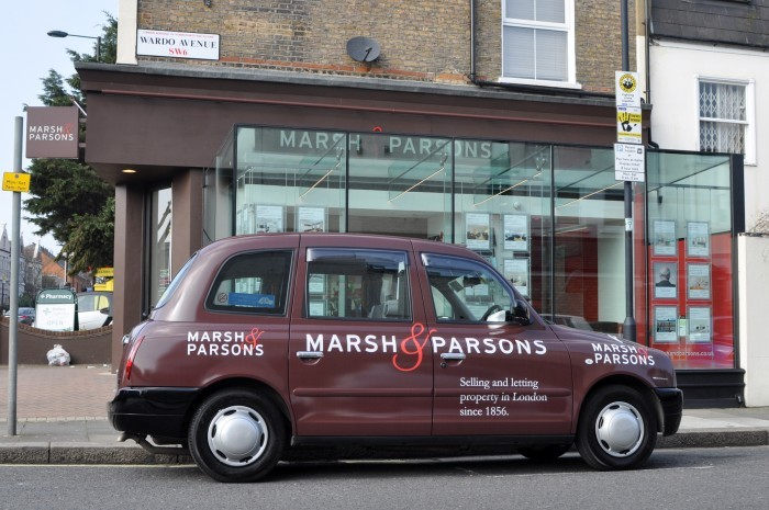 London Taxi Advertising2 700x465 1