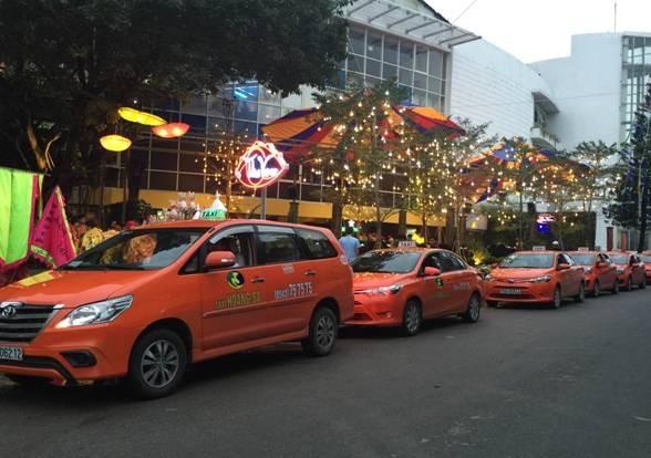 Danh bạ điện thoại taxi tại Huế