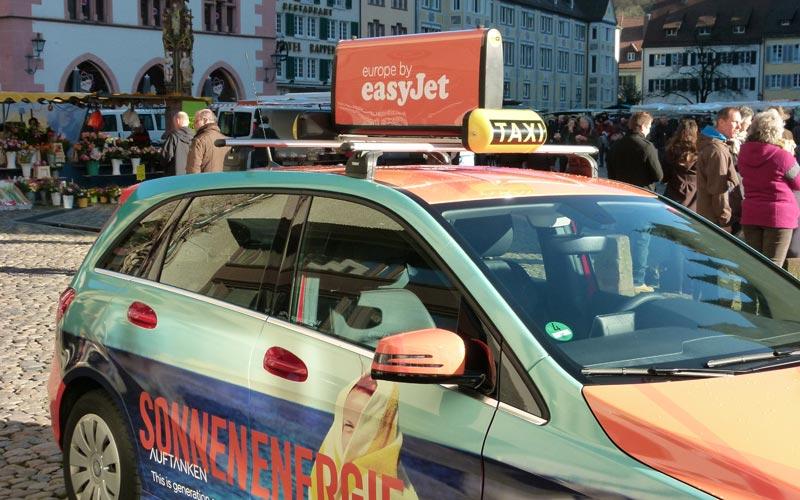 Các hình thức quảng cáo taxi tại nước ngoài