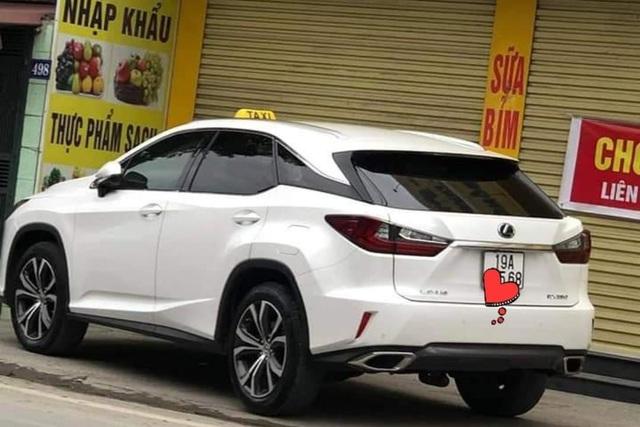 Hà Nội: Lấy BMW tiền tỉ chạy taxi!